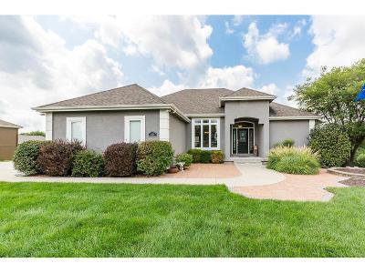 Kansas City Single Family Home For Sale: 5010 N 131st Drive