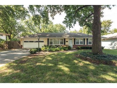 Prairie Village Single Family Home Show For Backups: 3702 W 76th Street
