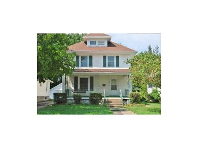 Warrensburg Single Family Home For Sale: 307 E Culton Street