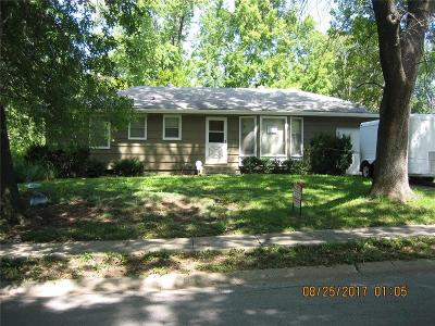Grandview Single Family Home For Sale: 6104 E 136th Street