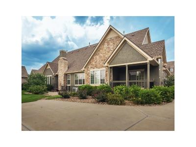 Leawood Condo/Townhouse For Sale: 14803 Meadow Lane