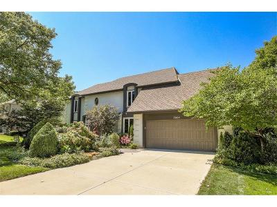 Shawnee Single Family Home For Sale: 7604 Bradshaw Street