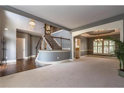 Lenexa Single Family Home For Sale: 21310 W 81st Place