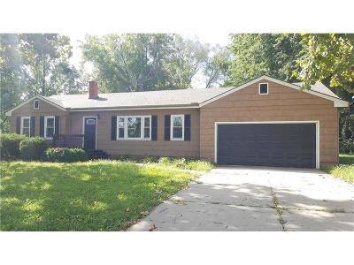 Independence MO Single Family Home For Sale: $100,000