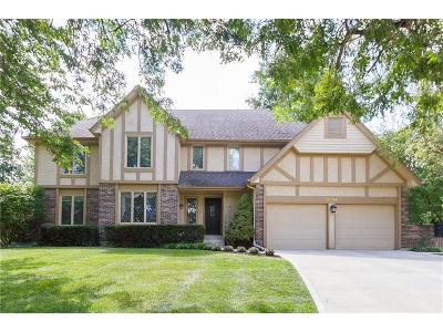 Overland Park Single Family Home For Sale: 11294 Hadley Street