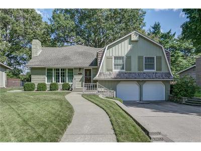Prairie Village Single Family Home For Sale: 7941 Juniper Street