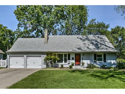 Prairie Village Single Family Home Show For Backups: 5908 W 76th Terrace
