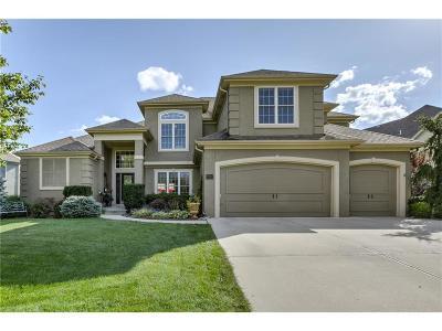 Lenexa Single Family Home For Sale: 17623 Penrose Lane