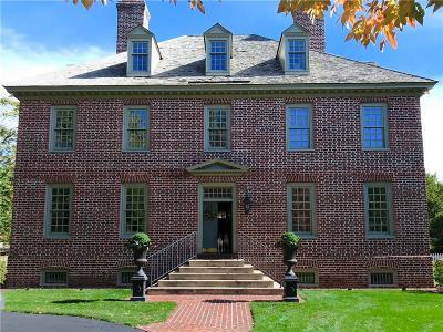 Johnson-KS County Single Family Home For Sale: 6615 Belinder Avenue