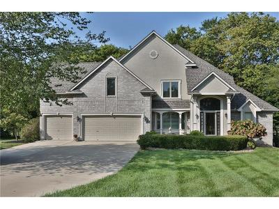 Blue Springs Single Family Home For Sale: 4401 SE Willow Place Court