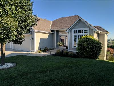 Lee's Summit Single Family Home For Sale: 3056 SW Gentry Court