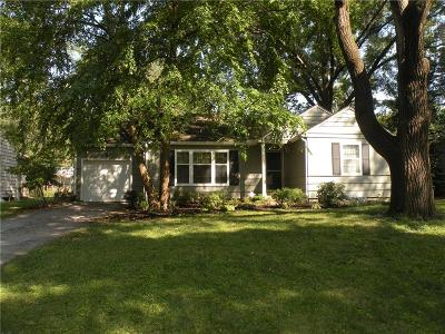 Prairie Village Single Family Home For Sale: 7539 Juniper Street