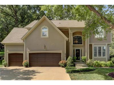 Lee's Summit Single Family Home For Sale: 5816 NE Ruby Court