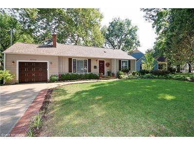 Prairie Village Single Family Home For Sale: 6701 Granada Road