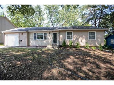 Shawnee Single Family Home For Sale: 10914 W 71st Street