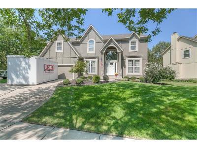 Johnson-KS County Single Family Home Show For Backups: 14020 Juniper Street