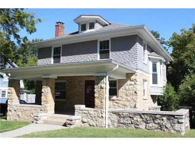 Lee's Summit Single Family Home For Sale: 206 SW 3rd Street