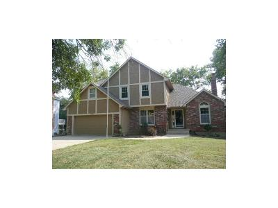 Lenexa Single Family Home For Sale: 13715 W 75 Terrace