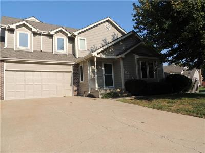 Overland Park KS Condo/Townhouse For Sale: $185,000
