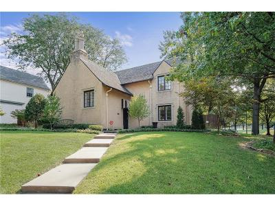 Kansas City Single Family Home For Sale: 6512 Linden Road