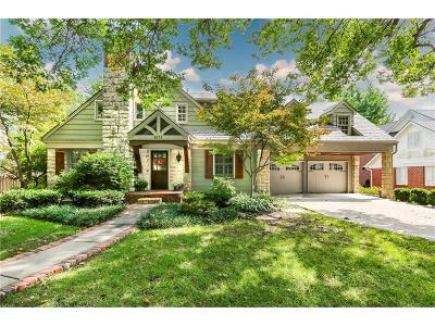 Leawood Single Family Home For Sale: 8111 High Drive
