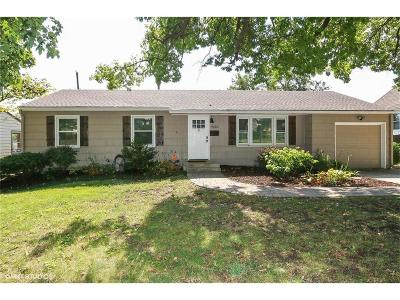 Kansas City Single Family Home For Sale: 9130 Western Hills Drive