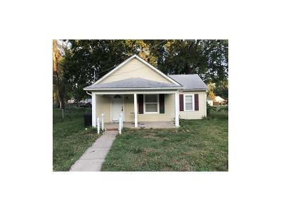 Edwardsville Single Family Home For Sale: 211 S 5th Street