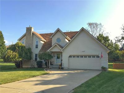 Kansas City Single Family Home For Sale: 2115 NW 81st Court