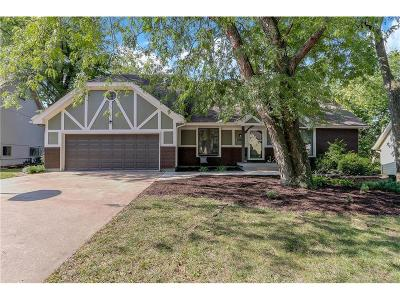 Overland Park KS Single Family Home For Sale: $349,500
