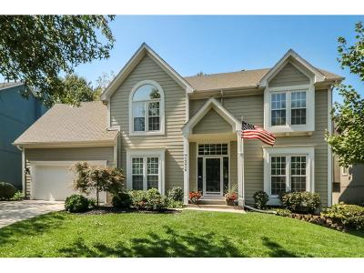 Overland Park Single Family Home For Sale: 15416 Beverly Court