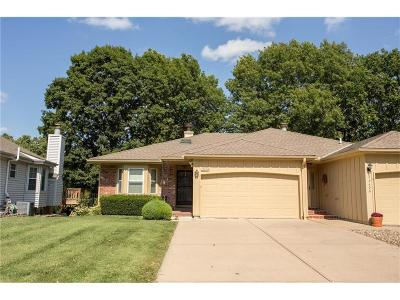 Overland Park KS Condo/Townhouse For Sale: $187,000