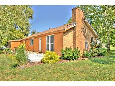Smithville Single Family Home For Sale: 311 N 169th Highway