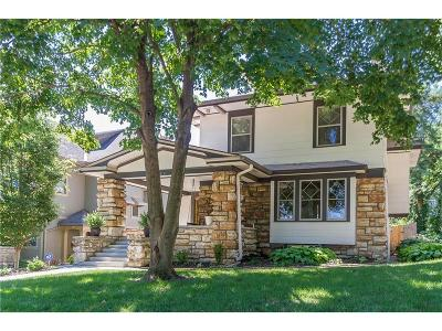 Kansas City Single Family Home For Sale: 33 W 57th Street