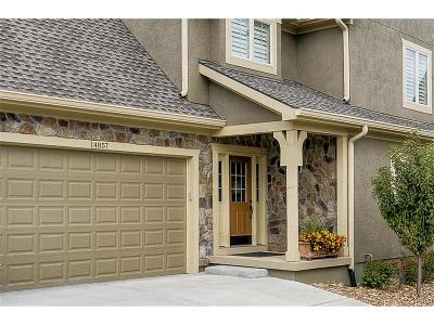 Leawood Condo/Townhouse For Sale: 14857 Meadow Lane