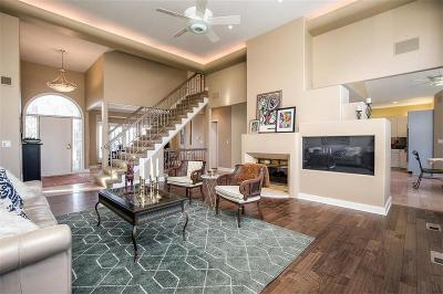 Overland Park Single Family Home For Sale: 14731 Outlook Street
