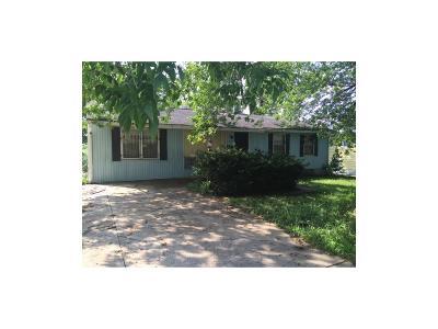 Kansas City Single Family Home For Sale: 4715 E 39th Street