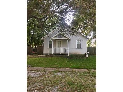Louisburg Single Family Home For Sale: 204 S Elm Street