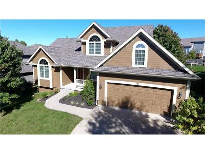 Smithville Single Family Home For Sale: 13303 Redwood Lane