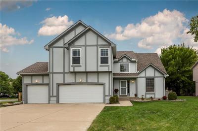 Olathe Single Family Home For Sale: 13818 S Blackfoot Drive