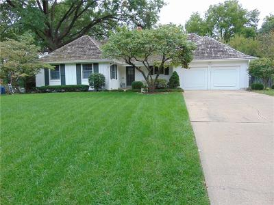Prairie Village Single Family Home Show For Backups: 4301 W 64th Street