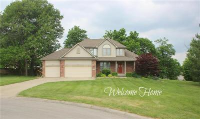 Warrensburg Single Family Home For Sale: 1302 Thames Court
