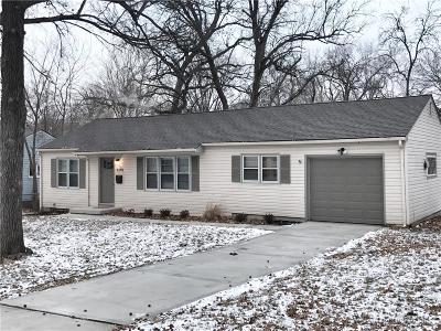 Overland Park Single Family Home For Sale: 6400 W 81 Street