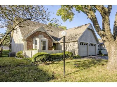 Lenexa Single Family Home For Sale: 8068 Colony Lane