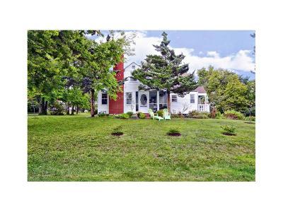 Parkville Single Family Home Show For Backups: 6511 NW Rock Garden Road