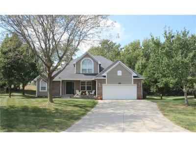 Warrensburg Single Family Home For Sale: 1401 Longwood Court