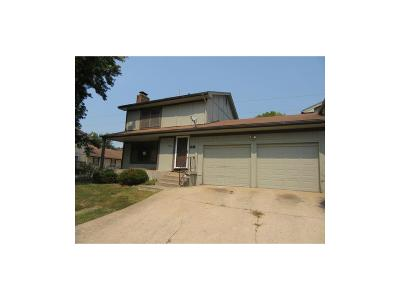 Grandview MO Single Family Home For Sale: $22,000