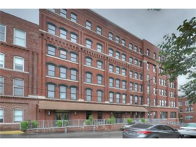 Condo/Townhouse For Sale: 200 Main Street #215