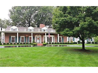 Prairie Village Single Family Home For Sale: 8900 Delmar Street