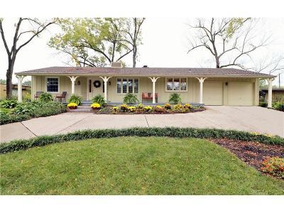 Prairie Village Single Family Home For Sale: 4001 Delmar Drive