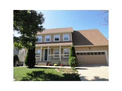 Olathe Single Family Home For Sale: 2245 S Lennox Drive